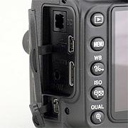 Nikon D90 - Wygląd i jakość wykonania